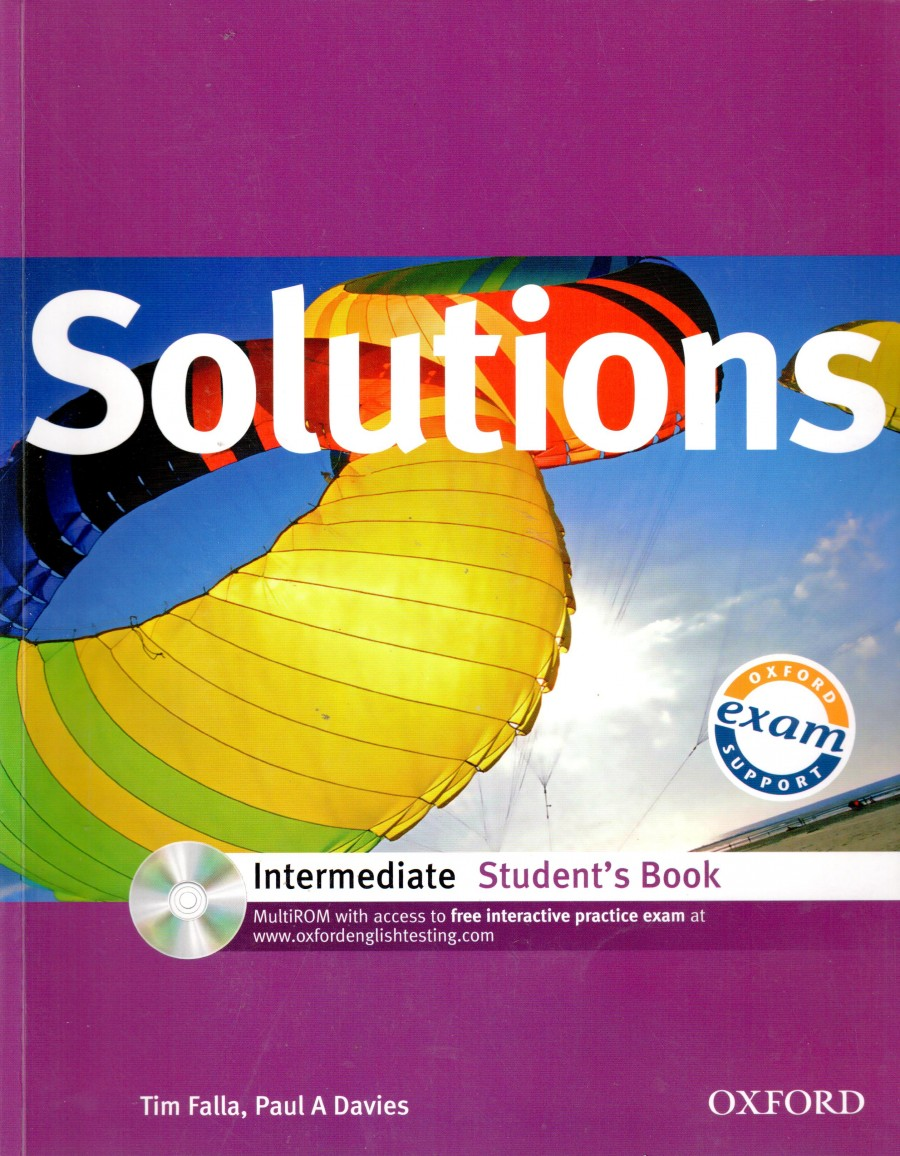 Solutions: Intermediate Student Book with MultiROM Pack - Náhled učebnice